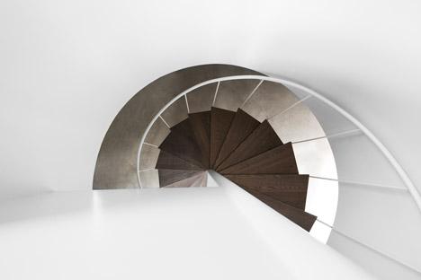 Lecran_House_by_Alain_Carle_Architecte_dezeen_468_10