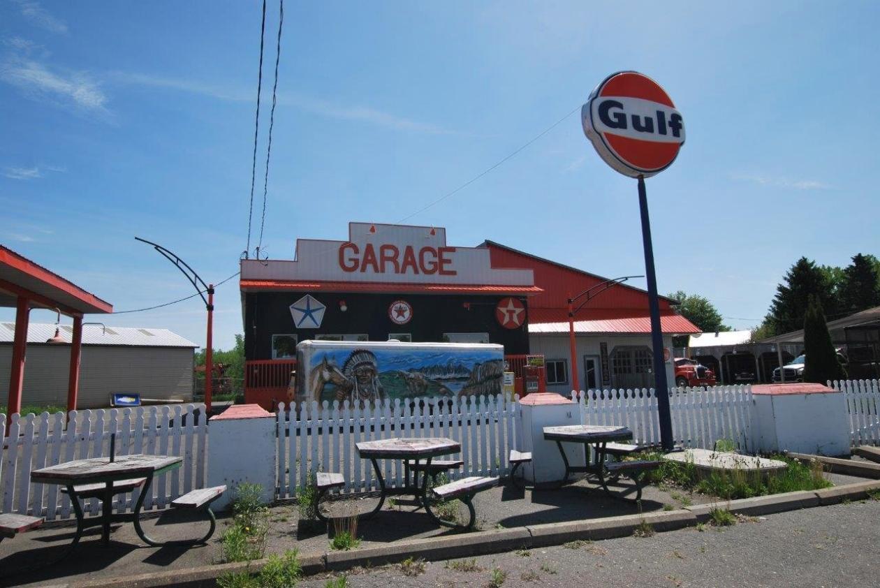 garage-retro-a-vendre-camion-3-1