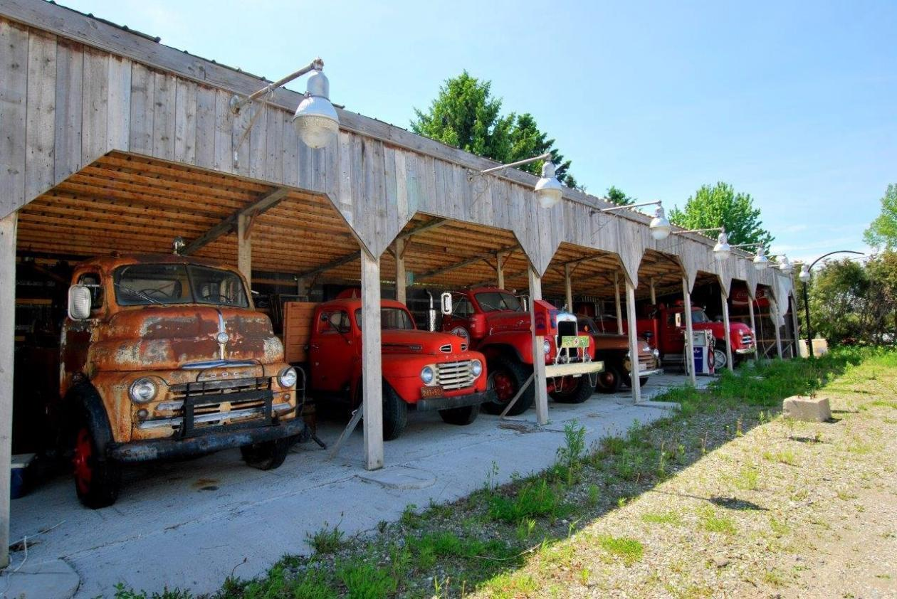garage-retro-a-vendre-camion-5-1