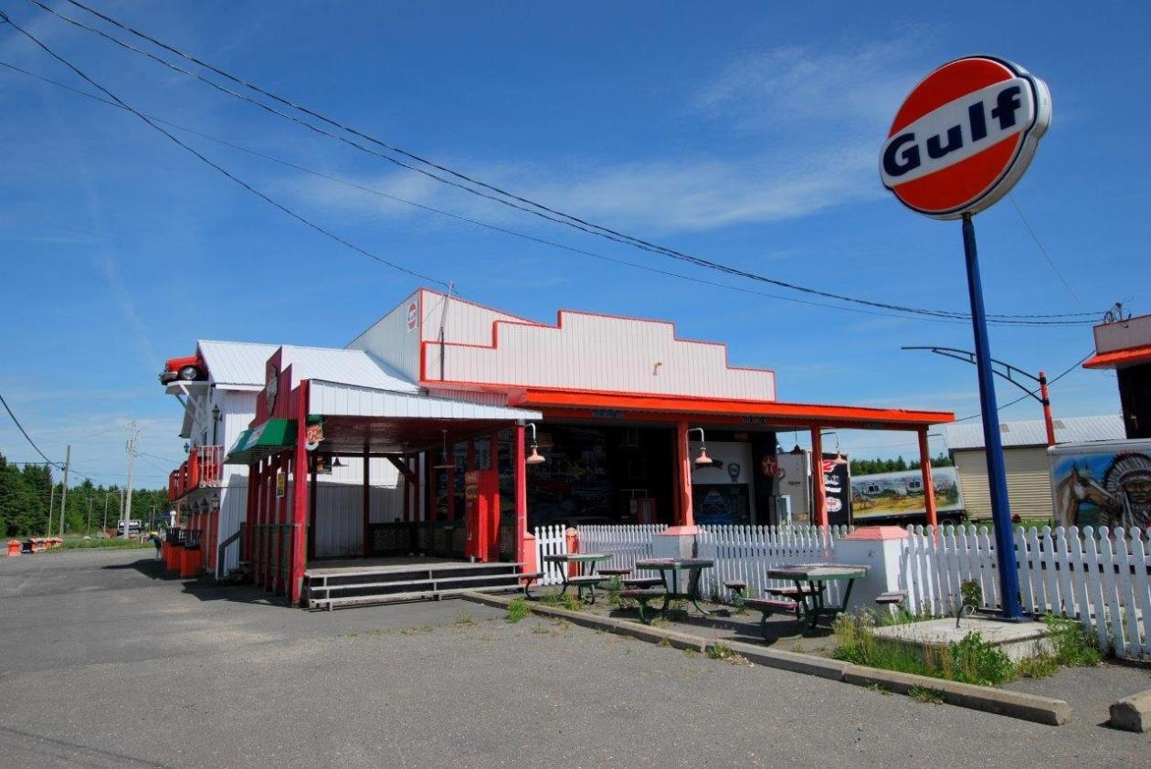 garage-retro-a-vendre-camion-8-1