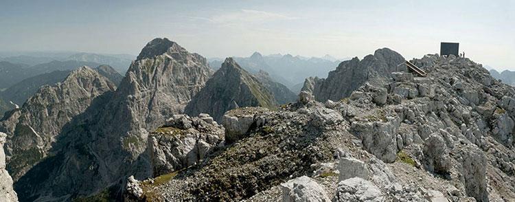 Mountain-Hut-Giovanni-Pesamosca-05