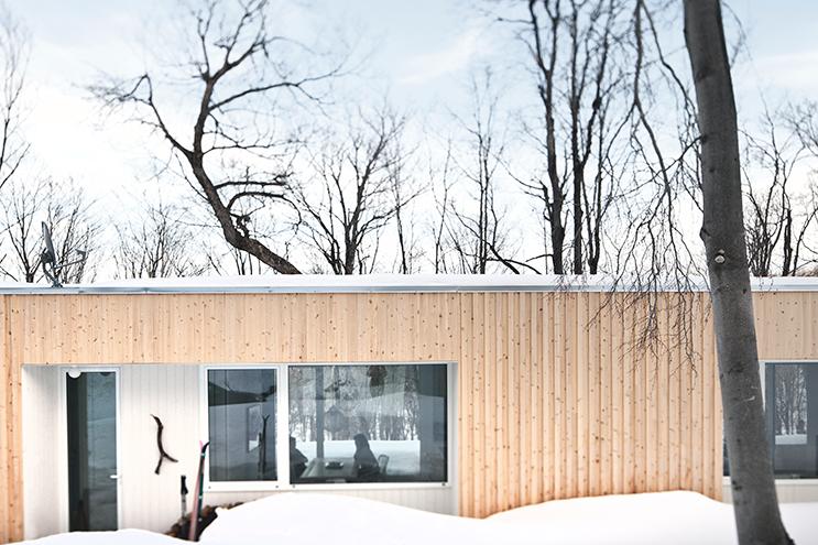 Blue-Hills-Quebec-Architecture-09