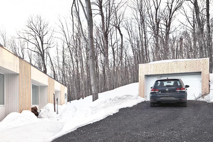 Blue-Hills-Quebec-Architecture-10