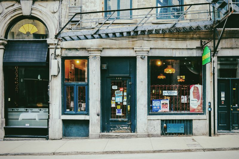 Depanneurs-Montreal-Quebec-Canada-design-17