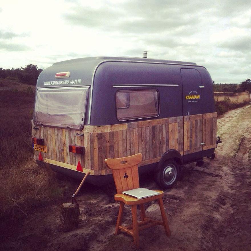 vintage-caravan-mobile-office-space-kantoor-karavaan-tom-van-de-beek-6