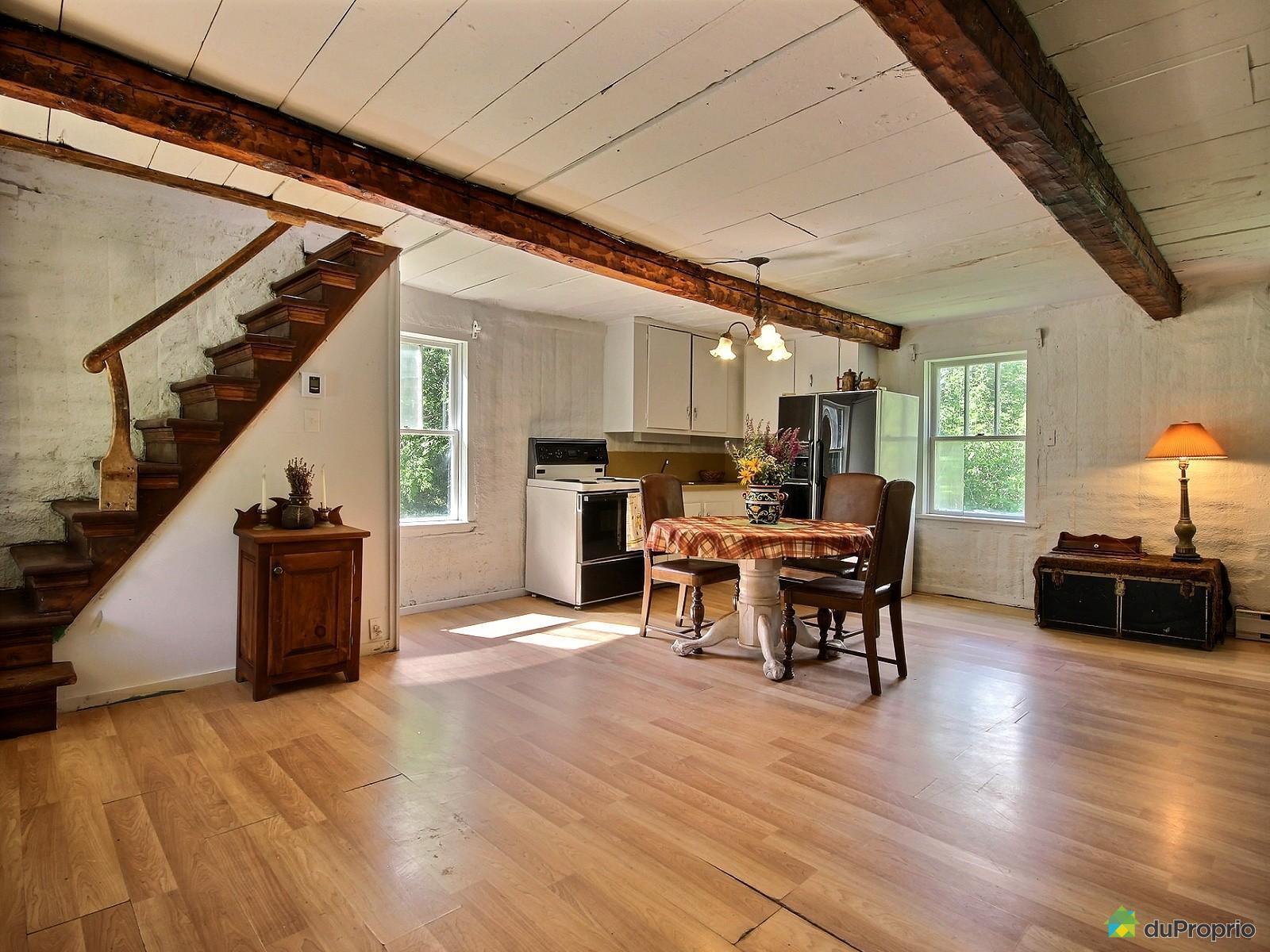 salle-a-manger-cuisine-maison-de-campagne-a-vendre-st-ours-quebec-province-1600-5316187