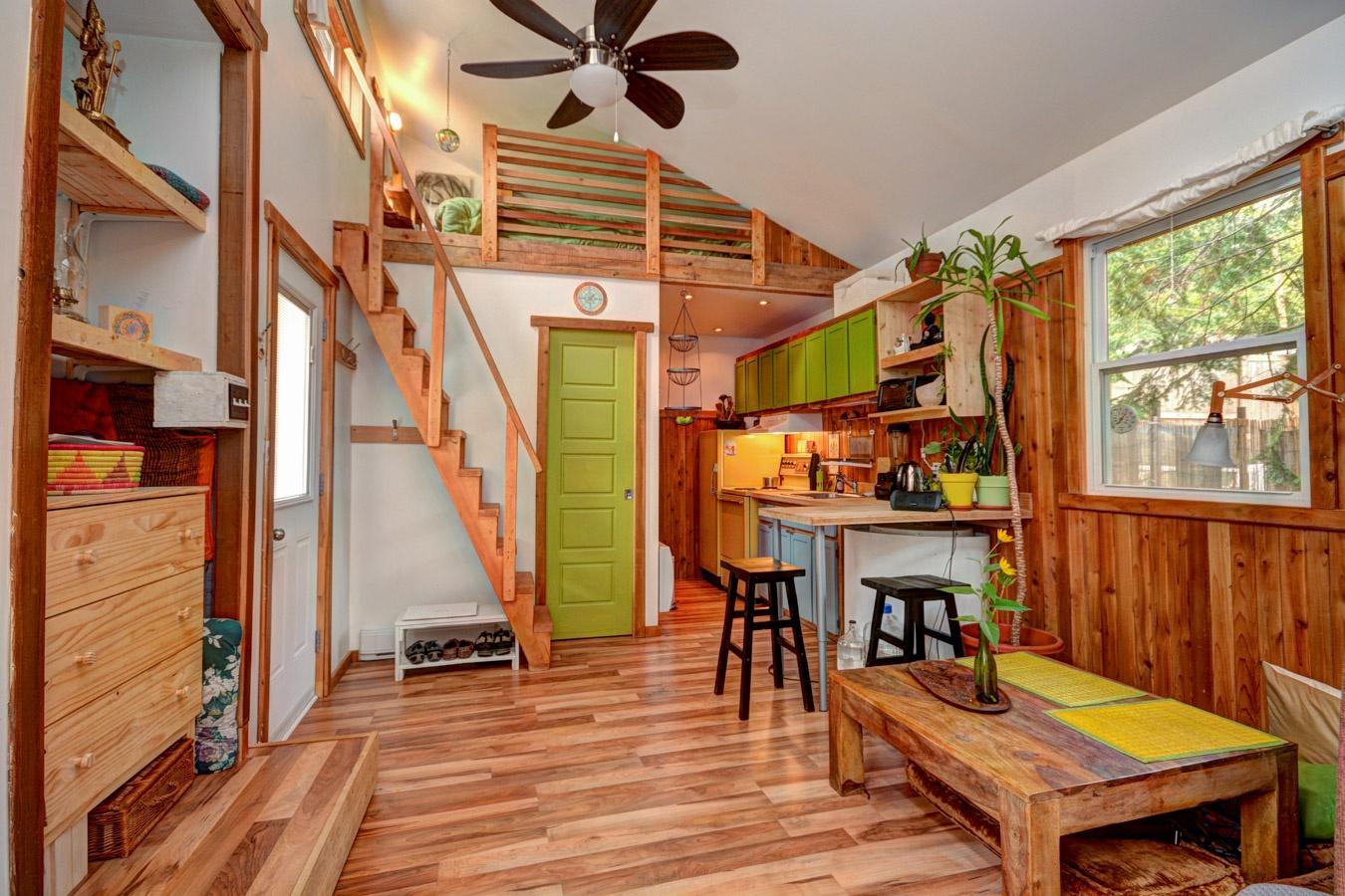 Mini Maison En Bois - Une chaleureuse mini maison enti u00e8rement rénovéeà Val David Joli Joli Design