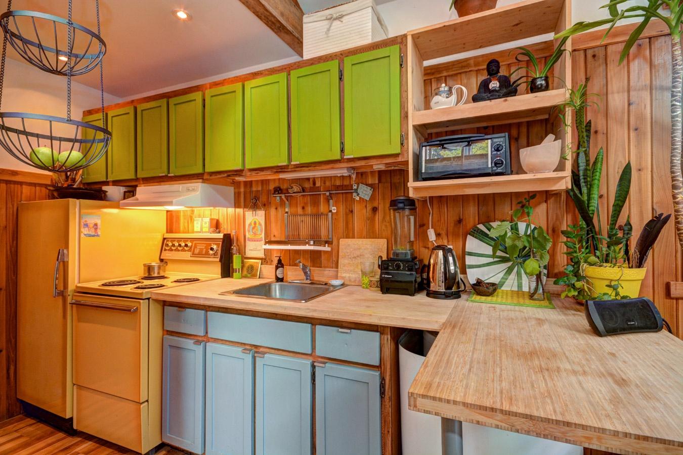 maison en bois a vendre. Black Bedroom Furniture Sets. Home Design Ideas