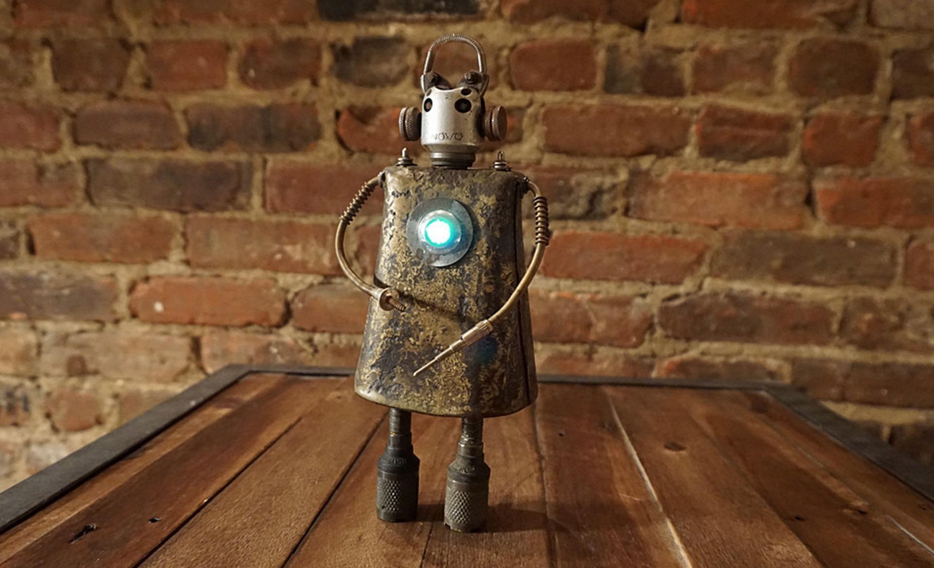 Robot-Quebec-Design-Joli-01