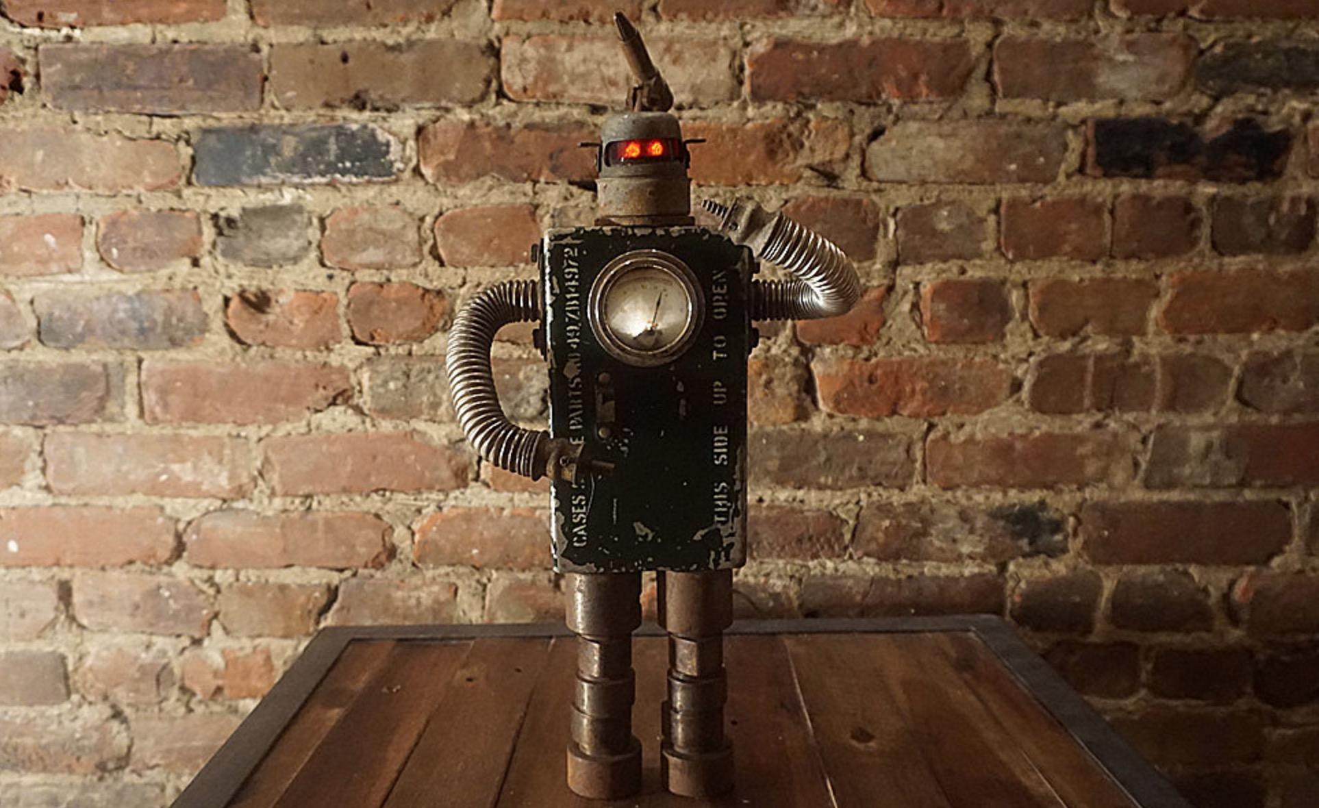 Robot-Quebec-Design-Joli-06