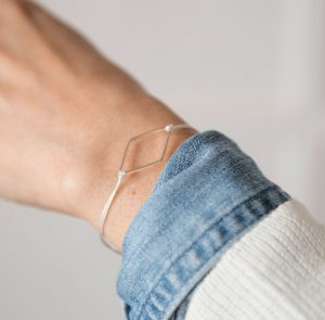 petit-bracelet-delicat-minimaliste-montreal