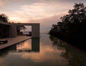 infinity pool - design - pool - monterey - architecture 03