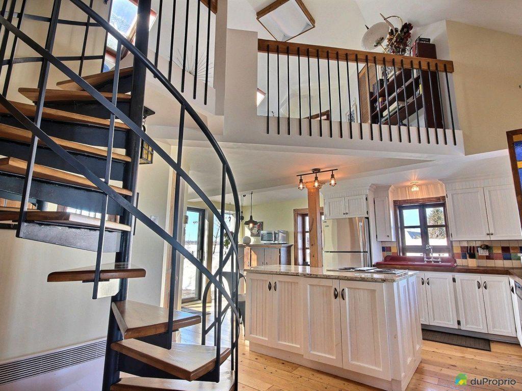 Une des plus jolies maison ancestrale est pr sentement en - Comment vendre ses meubles rapidement ...
