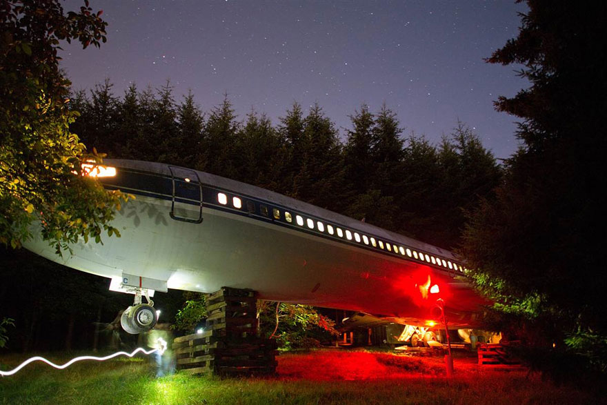 retired-boeing-727-recycled-home-bruce-campbell-11