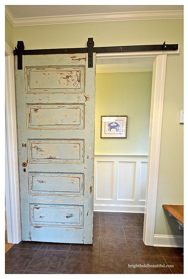 des id es originales pour recycler vos vieilles portes en bois joli joli design. Black Bedroom Furniture Sets. Home Design Ideas