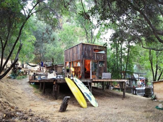 Cabin-in-Topanga4-640x480