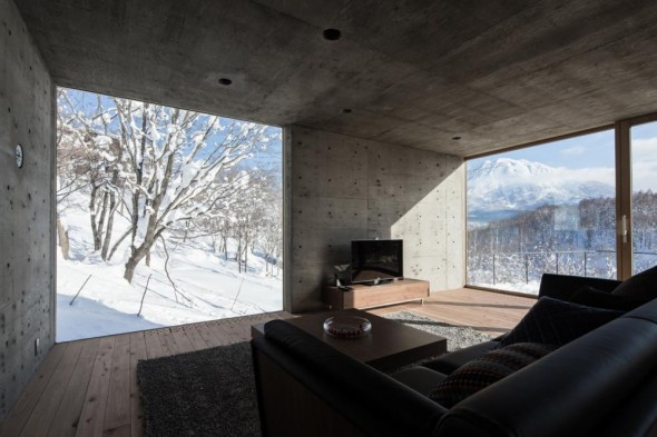 L_House-Florian_Busch_Architects-8-590x393