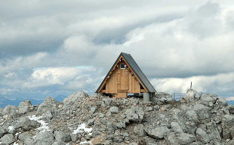 Mountain-Hut-Giovanni-Pesamosca-02