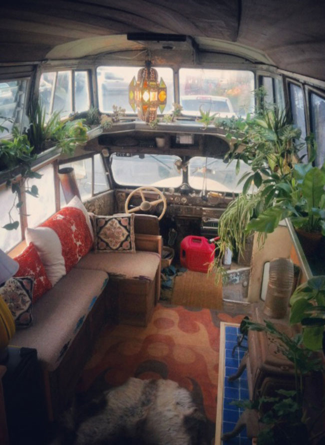 Ophelia-Bus-DIY-Home-09