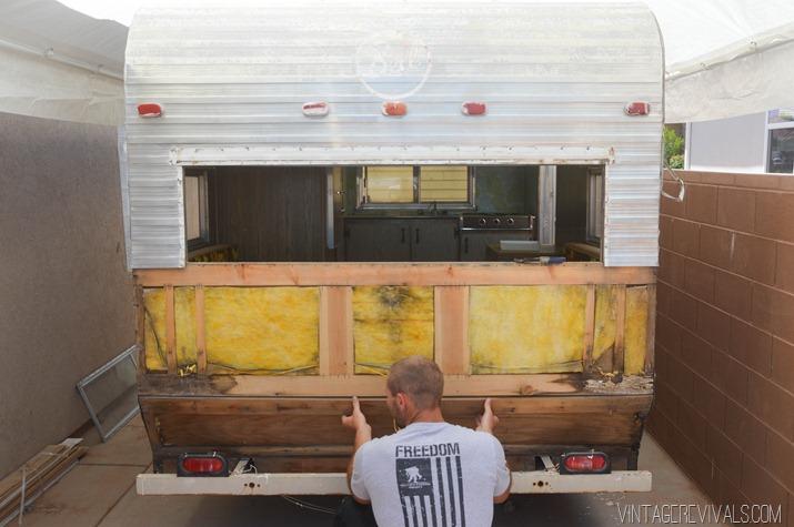 Transformer Une Caravane En Roulotte #7: Transformer Une Caravane En Roulotte #13: Intérieur Roulotte Tout Confort |  Aménagements Intérieurs Des Roulottes.