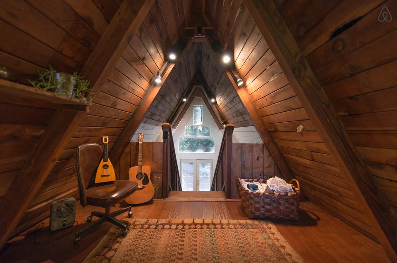 Cabin-Redwoods-Joli-Joli-Design-Cabine-05