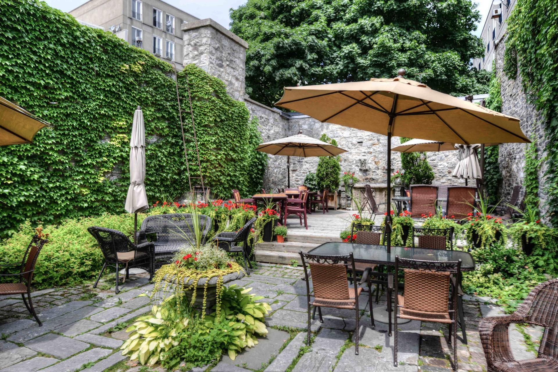 Chateau-Vieux-Montreal-Quebec-Vendre-Design-05