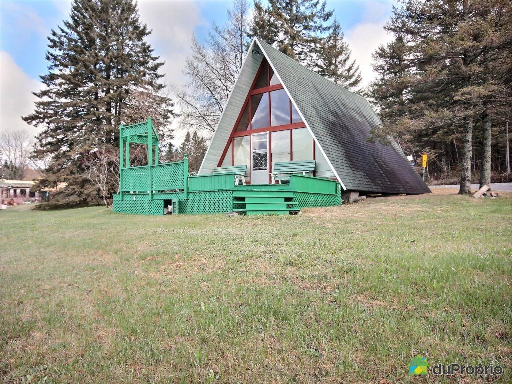 La plus jolie maison au toit triangulaire se trouve for Maison en triangle