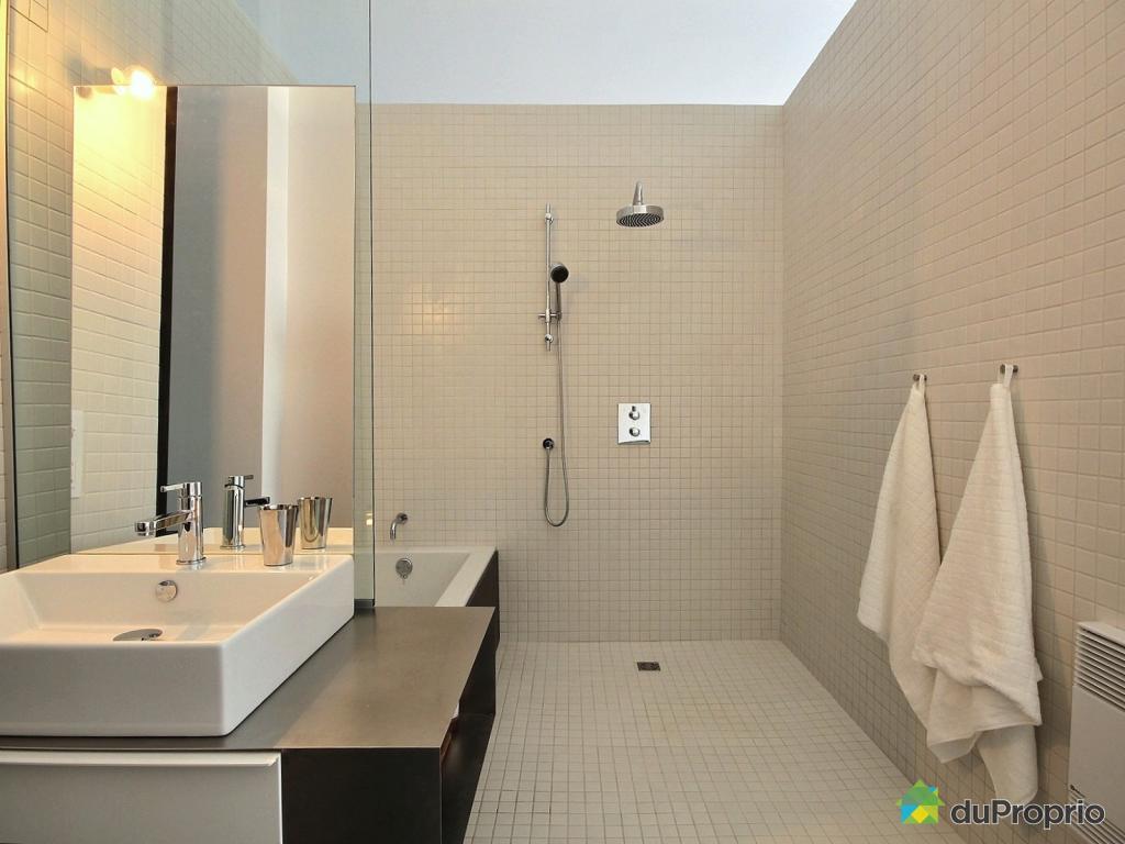 Best salle de bain ancienne a vendre ideas for Petite armoire salle de bain