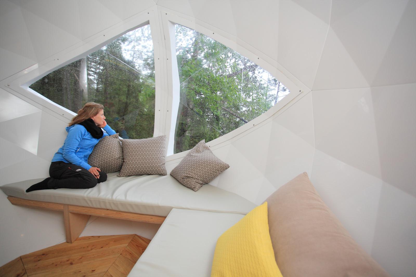 Sphere-suspendues-Quebec-04