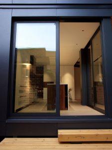 la-boite-noire-nda-architecture-design-maison-moderne-04