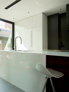 la-boite-noire-nda-architecture-design-maison-moderne-11