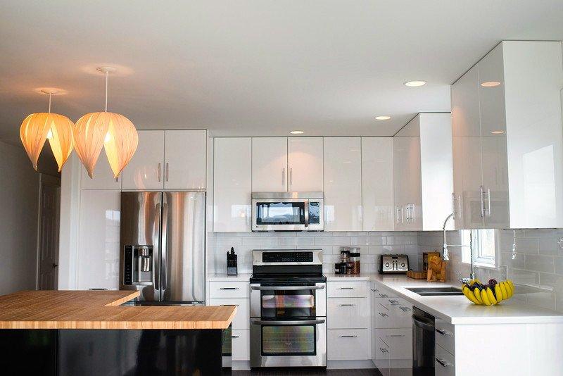 de jolis luminaires en placages de bois fabriqu s montr al joli joli design. Black Bedroom Furniture Sets. Home Design Ideas