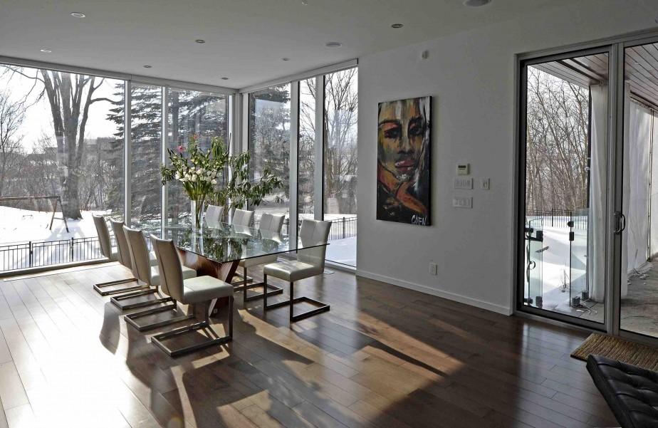 la b g house une grande demeure aux plafonds de 10 pieds et 2 cuisines joli joli design. Black Bedroom Furniture Sets. Home Design Ideas