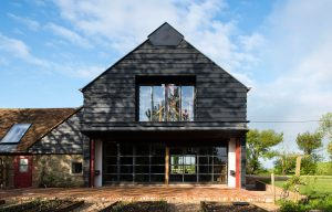 architecture-grange-campagne-anglaise-design-renovation-09