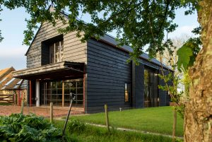 architecture-grange-campagne-anglaise-design-renovation