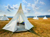 les habitations gonflables de l 39 entreprise qu b coise cosy bubble une alternative aux tentes. Black Bedroom Furniture Sets. Home Design Ideas