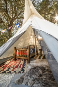 tipi-under-canvas-events-à-louer-design-camping 10