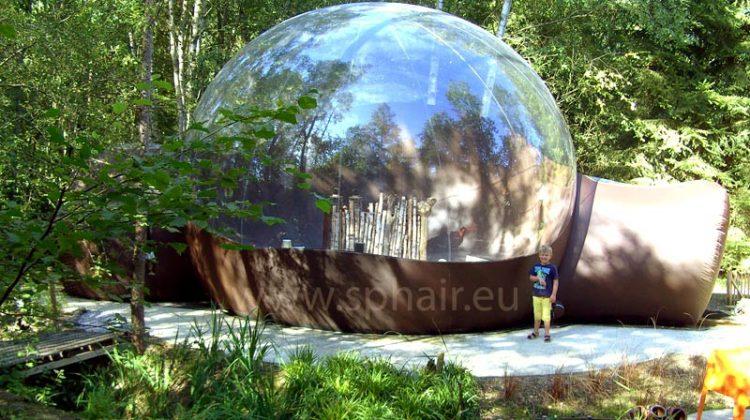Oubliez les weekends dans un chalet, une cabane dans un arbre c'est la nouvelle tendance!