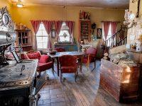 Envie de changer de résidence? Ce royaume des antiquités est présentement à vendre à Rimouski!