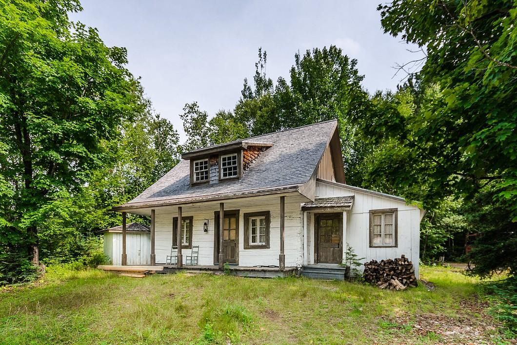 Au lieu d acheter une seule maison ancestrale achetez ce for Extension maison quebec