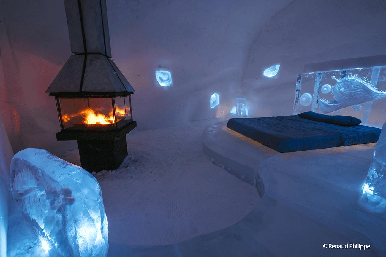 L h tel de glace une uvre architecturale digne des plus for Hotel avec piscine interieur montreal