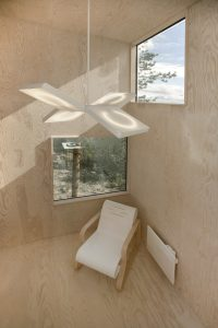 mirror-cube-archtiecture-design-treehotel 03