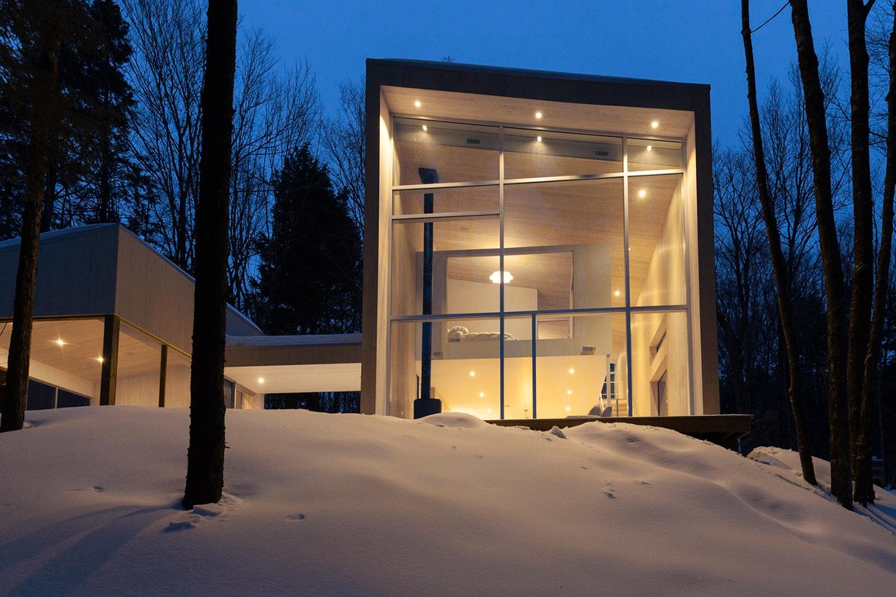L apaisante maison haute de l atelier pierre thibault for Boutique decoration maison quebec