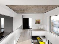 Une nouvelle propriété d'Habitat 67 de style minimaliste est présentement en vente!