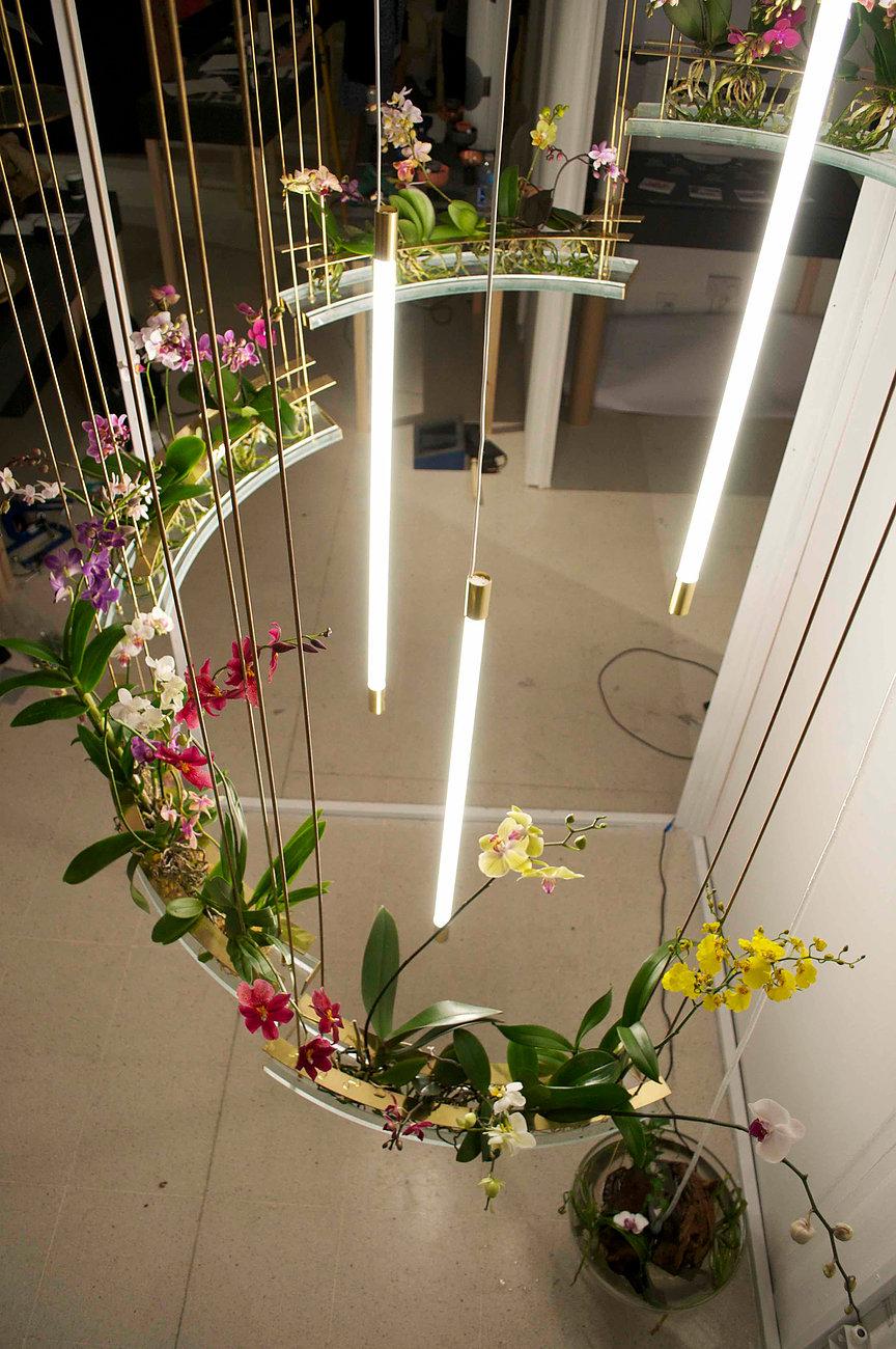 Flow un jardin int rieur flottant en forme de lustre avoir chez soi joli joli design for Jardin japonais chez soi