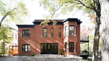 La résidence McCulloch – une impressionnante transformation d'une maison parallèle au Parc du Mont-Royal