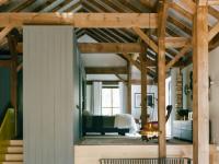 Cette magnifique grange du 19e siècle transformée en maison unifamiliale