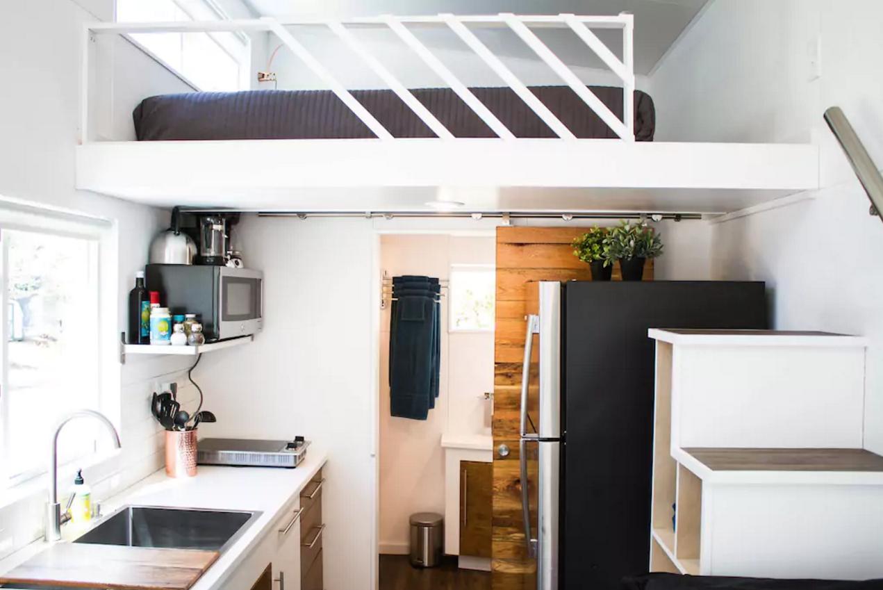La plus jolie mini maison se loue maintenant sur airbnb for Mini maison design