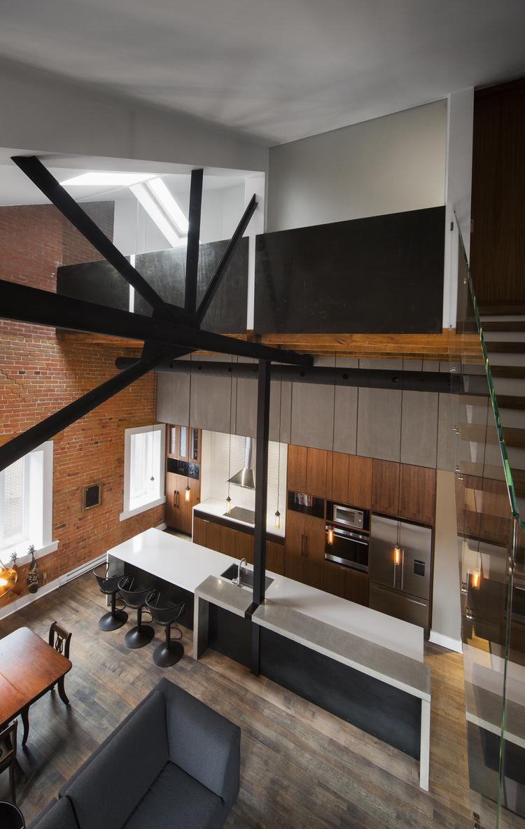 une ancienne usine transformee en loft proche du marche With maison en bois quebec 5 un splendide condo situe dans une ancienne usine 224